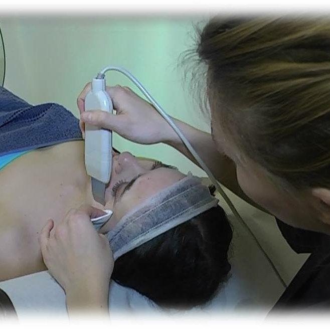 centro dimagrimento estetico blu marine senigallia ancona pulizia viso con ultrasuoni